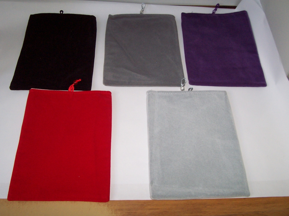Husa Universala Catifelata (diverse Culori) Pentru